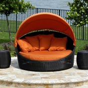 Wicker Lounges and Daybeds