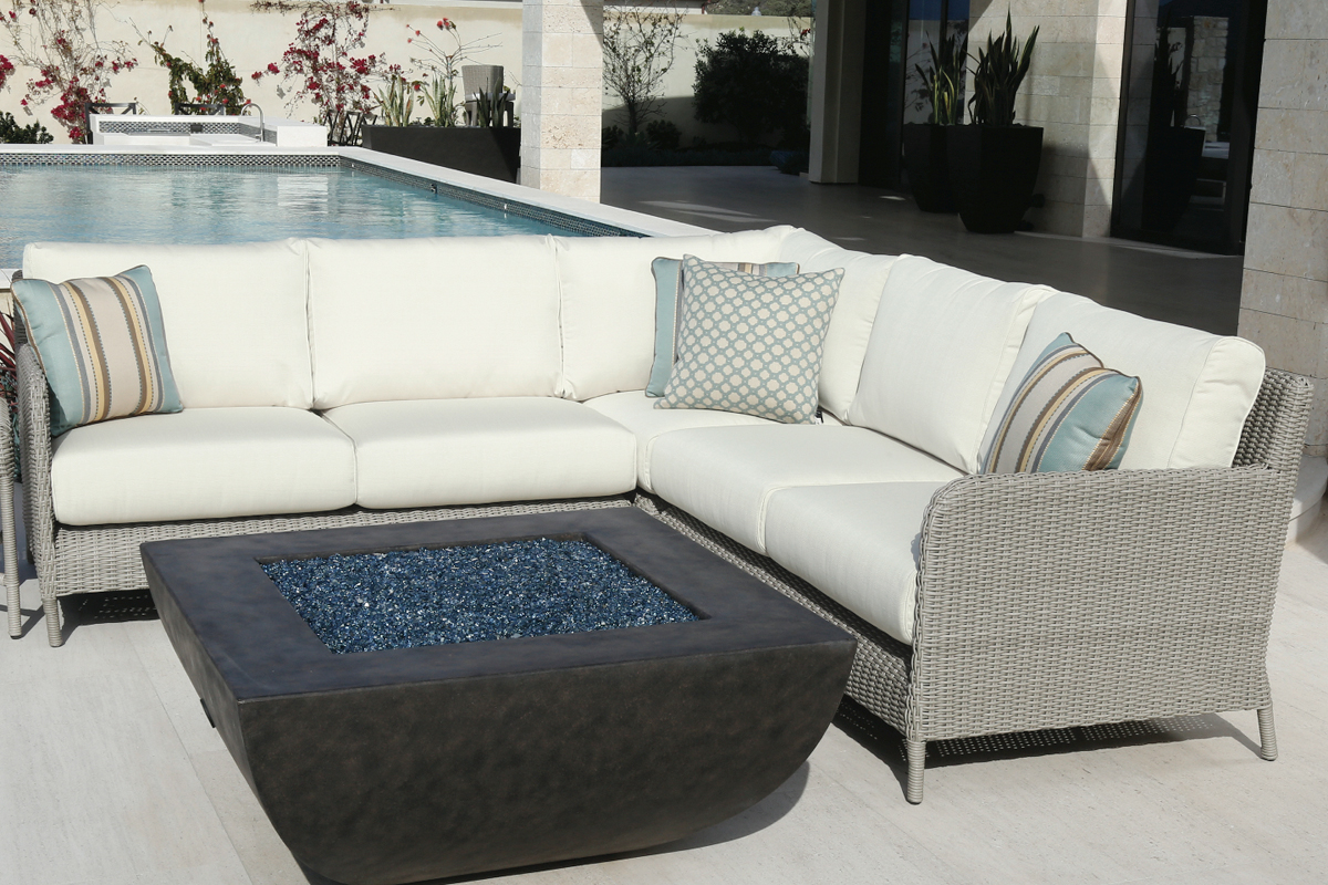 Manhattan 3 Piece Sectional (3301-SEC) by Sunset West