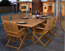 9 Pc. Hamburg Extendable Dining Set