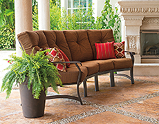 4 Pc. Villa Curved Sectional Set